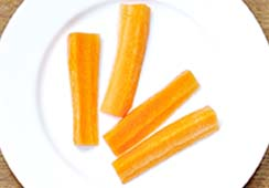 4 carrot sticks