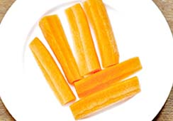 6 carrot sticks