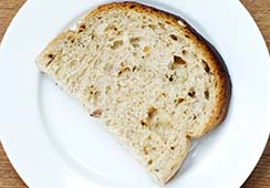 Bread slices (fresh or toasted) - 1/2 slice of granary bread
