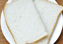 Bread slices (fresh or toasted) - 1 slice of white bread