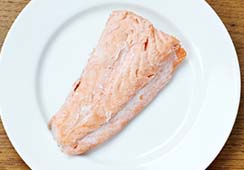 1 small fillet of salmon